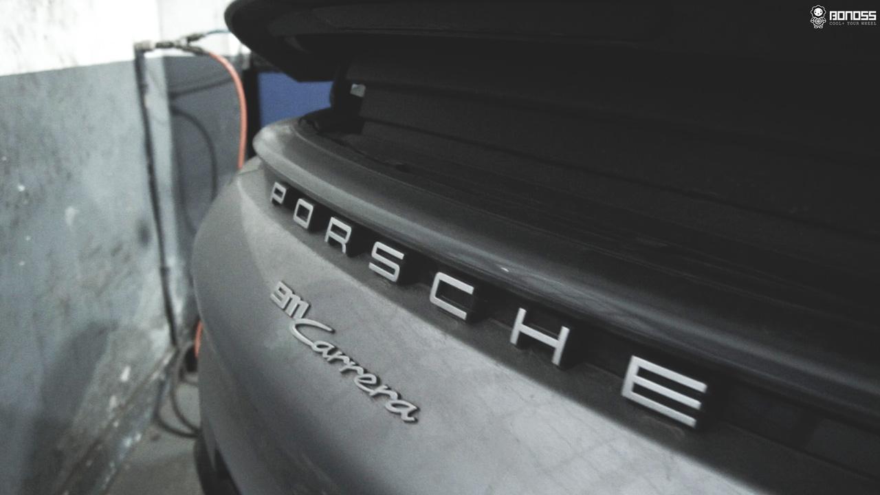 Daily 2021 Porsche 911 992 Carrera install BONOSS Forged Grade 12.9 Shell Type Lock Bolt Kit (15)