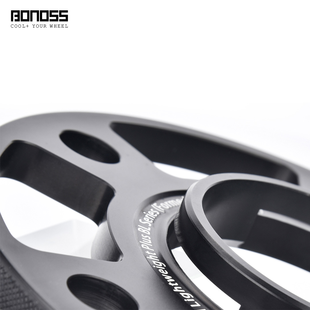 BONOSS-forged-lightweight-plus-3petals-special-hubcentric-10mm-wheel-spacer-for-Porsche-Panamera-5x130-71.6-14x1.5-6061t6-by-grace-2